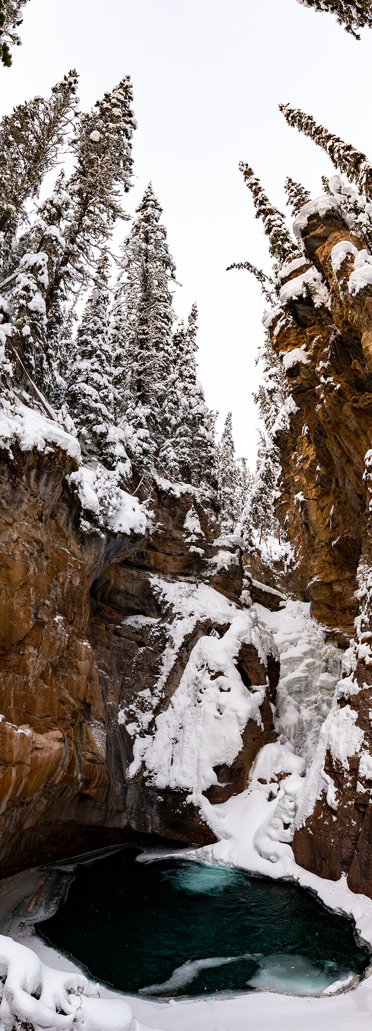 Frozen Johnston Canyon